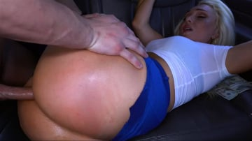 Alexis Andrews - Big Booty Stripper Takes The Ride