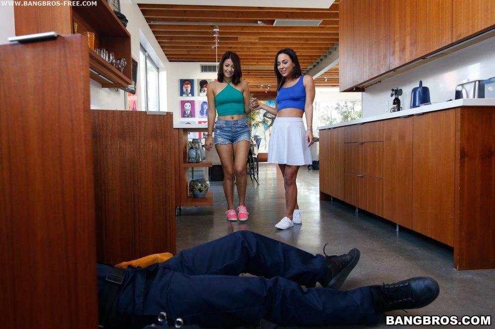 Alexis texas in a interracial scene