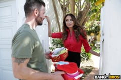 Anissa Kate - Anally Helping The Neighbor In Need (Thumb 13)