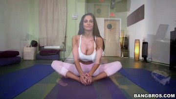 Ava Addams - Milf Does Yoga Then Gets Fucked Hardcore