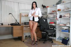 India Summer - Milf's Love Anal Sex Too! (Thumb 72)