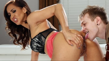 Isis Love - Horny MILF Dominating The Gardener