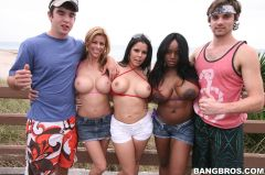 Jada Fire - FuckTeam Beach Time! (Thumb 120)