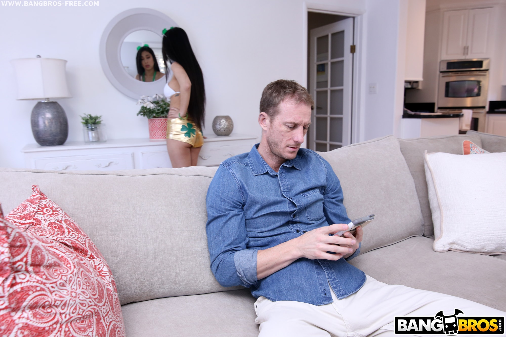 Bangbros 'Fucking To Go To A St. Patrick's Day Party' starring Jade Kush (photo 1)
