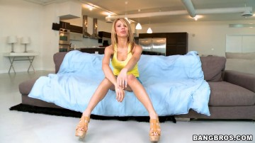 Jandi Jenner - Deep throat so she can swallow