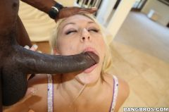 Katie Summers - Blondes love big deep dickin' (Thumb 216)