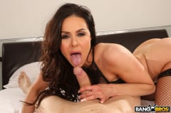 Kendra Lust - Kendra Lust Takes Control of The Thief (Thumb 280)
