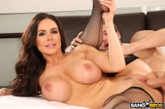 Kendra Lust - Kendra Lust Takes Control of The Thief (Thumb 392)