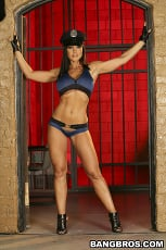 Lisa Ann - Lisa Anns Jail Time (Thumb 01)