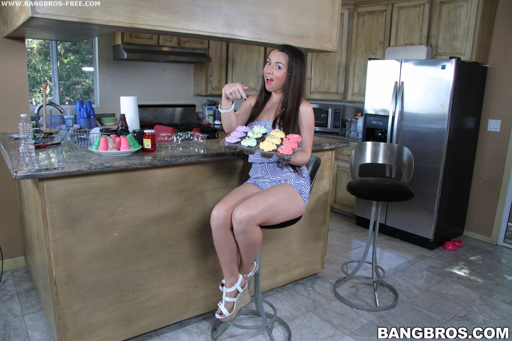 Bangbros 'ASS of the Year' starring Lola Foxx (photo 18)