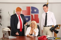 Luna Star - Luna's Visit to the Presidential Anal Office (Thumb 273)