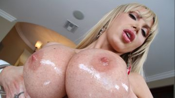 Nikki Benz - Spread Your Cheeks