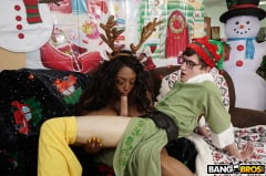 Rachel Raxxx - Is Rachel Raxx Naughty or Nice (Thumb 468)