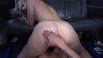 Rhonda Rhound - Rhound and Big White Ass on the Bus