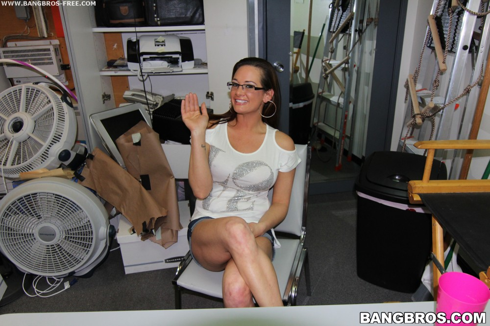 Bangbros 'Tory Lane is back' starring Tory Lane (photo 4)