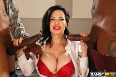 Veronica Avluv - Realtor Gets Double Penetration From Monstrous Cocks (Thumb 182)