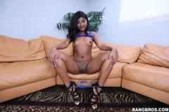 Yara Skye - Yara Skye is back after 3 month hiatus (Thumb 77)