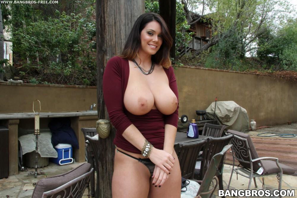 Chubby Huge Natural Tits