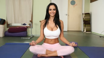 Ava Addams in 'Milf Does Yoga Then Gets Fucked Hardcore'