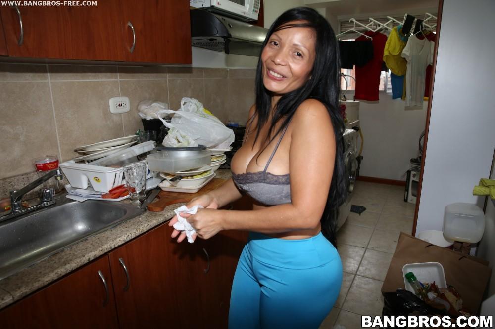 Dirty latina maid milf cassandra