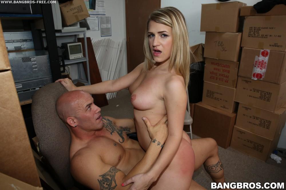 Dixie Belle Porn