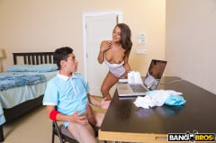 Evelin Stone - Step Sister Catches Him Jerking Off (Thumb 40)