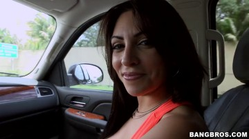 Jazmyn - Big natural tits handjob in public
