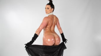 Kendra Lust in 'Break the Internet Kendra Lust'