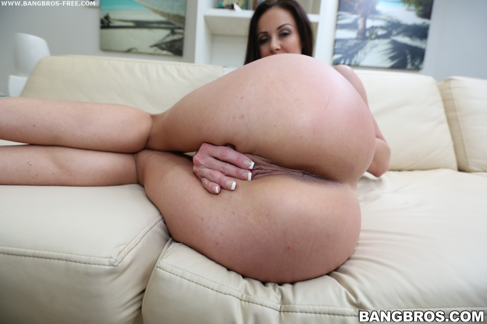 Bangbros 'Miami Loves Kendra Lust's Big Tits And Ass' starring Kendra Lust (photo 99)