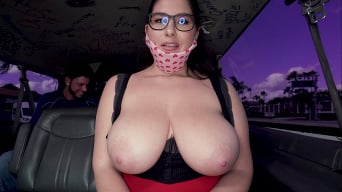 Laila Lust in 'Gold-Digger Hops in The Bus'