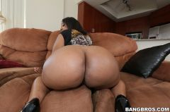 Layla Monroe - Beautiful Big Ebony Ass! (Thumb 60)