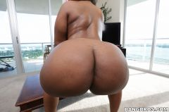 Layla Monroe - Beautiful Big Ebony Ass! (Thumb 168)