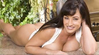 Lisa Ann in 'Lisa Ann's Sexy Threesome'