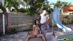 Marilyn Mansion - Busty Marilyn Gets Fucked Poolside (Thumb 250)