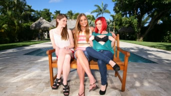 Mercedes Lynn in 'Hot Redheaded Lesbian'