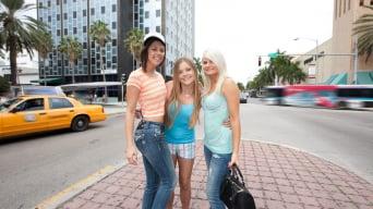 Mercedes Lynn in 'Hot lesbian threesome'