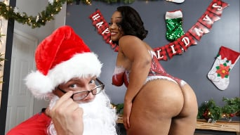 Mimi Curvaceous in 'Santas Cumming Down Her Chimney'