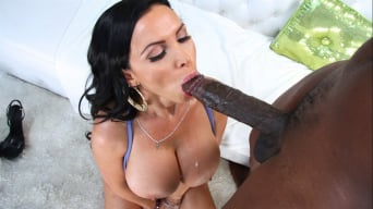 Nikki Benz in 'swallows that big black snake'