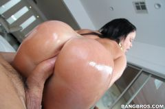 Nikki Delano - Perfect ass (Thumb 325)