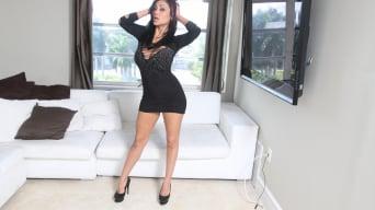 Priya Rai in 'A Priya Rai Blow Job'