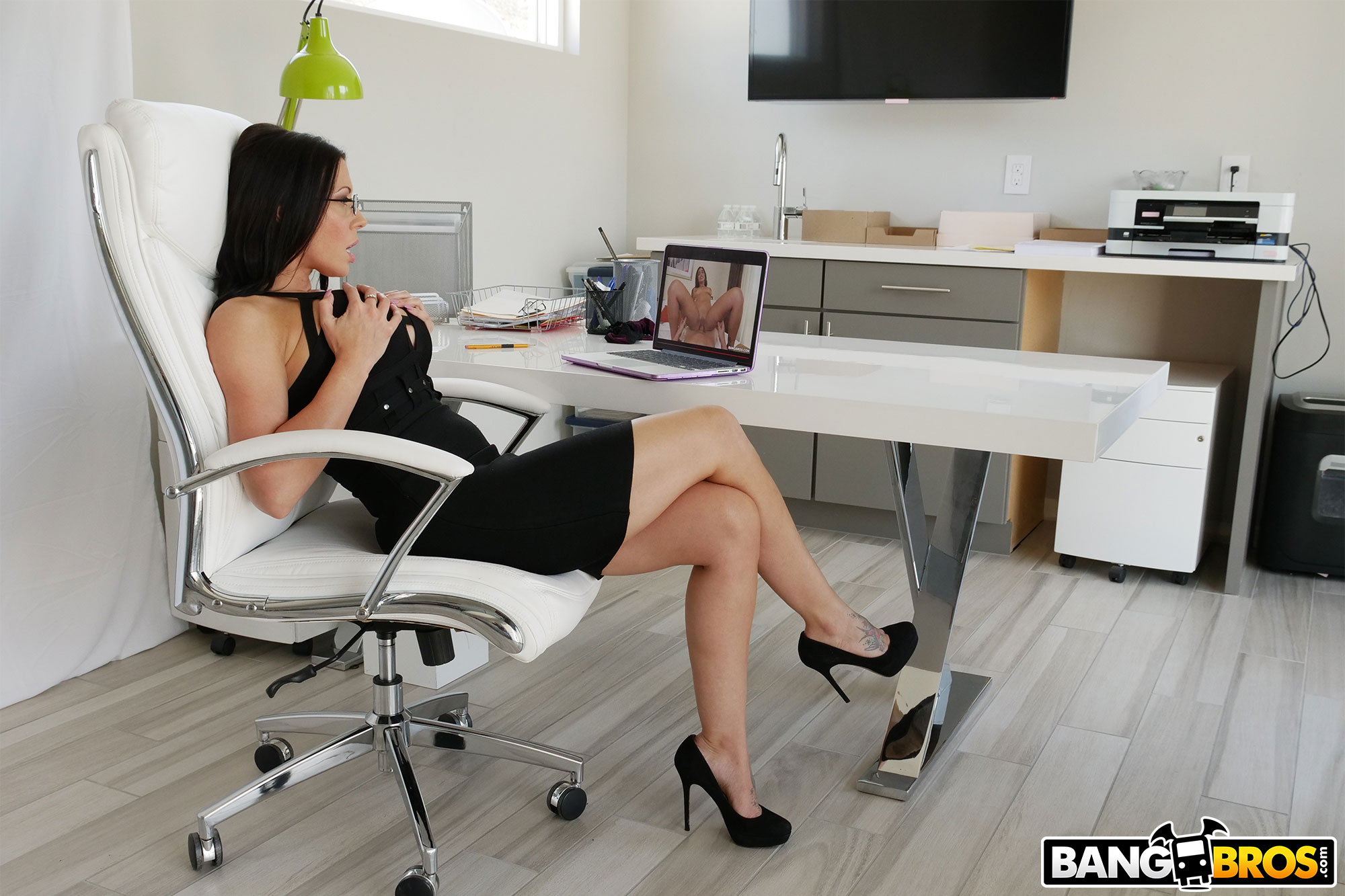 Bangbros 'Rachel Starr Gets Railed by Her Boss' starring Rachel Starr (photo 46)