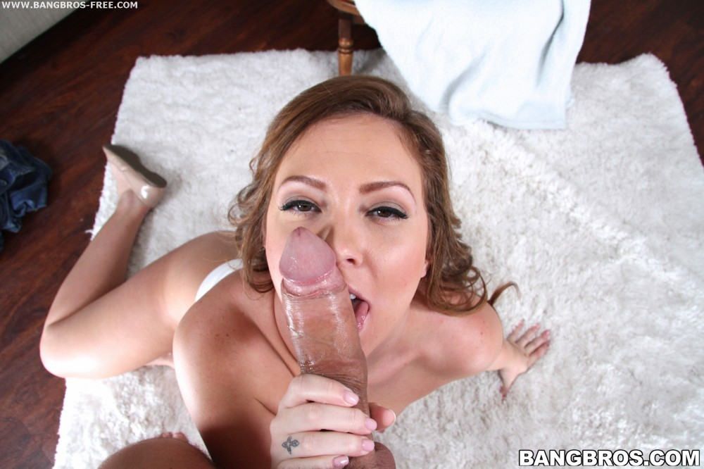 Bangbros 'Brooke gets her mouth filled' starring Savannah (photo 126)