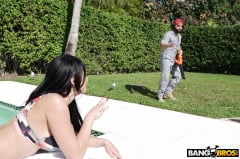 Skyla Novea - Busty House Wife Fucks The Gardener (Thumb 272)