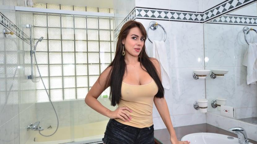 Latina Big Tits Periscope