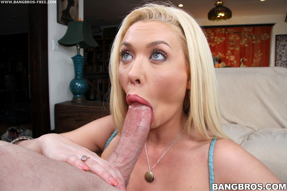 Blondie gets filled up with semen